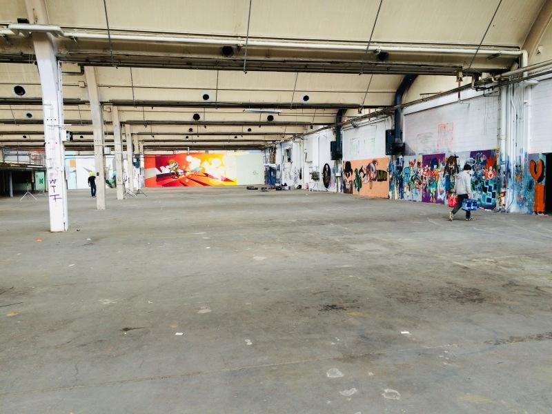 Eintritt in die Zeppelin-Halle, Blick geradeaus